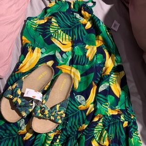 Girls dress and sandals new